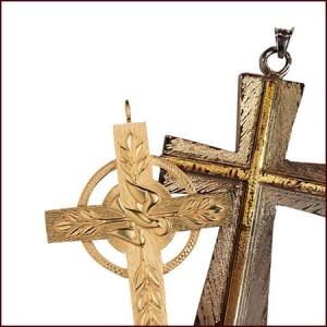 Cruces Pectorales