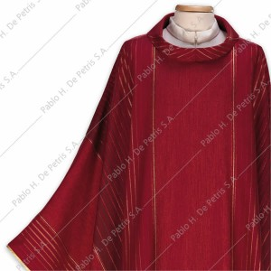 K 65-2010 - Rojo - Casulla italiana
